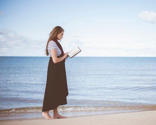 10 Knjiga za ponijeti na put u 2021 – Što čitati na putovanju?