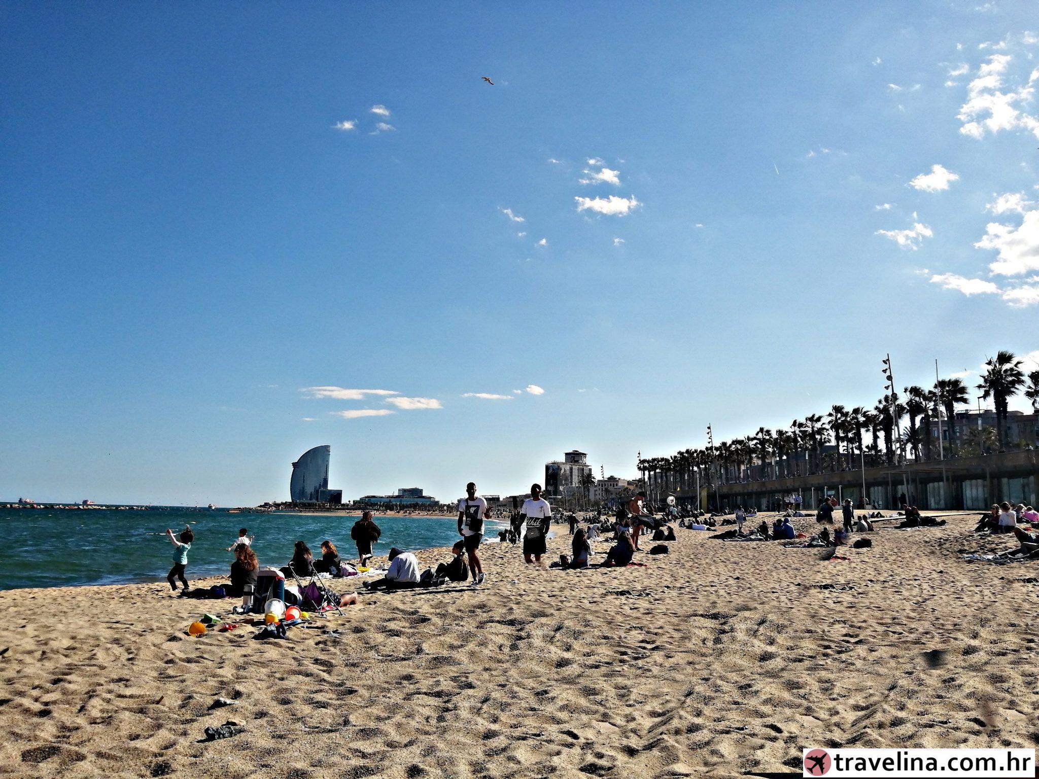Playa Barceloneta, pogled na W barcelona hotel tower