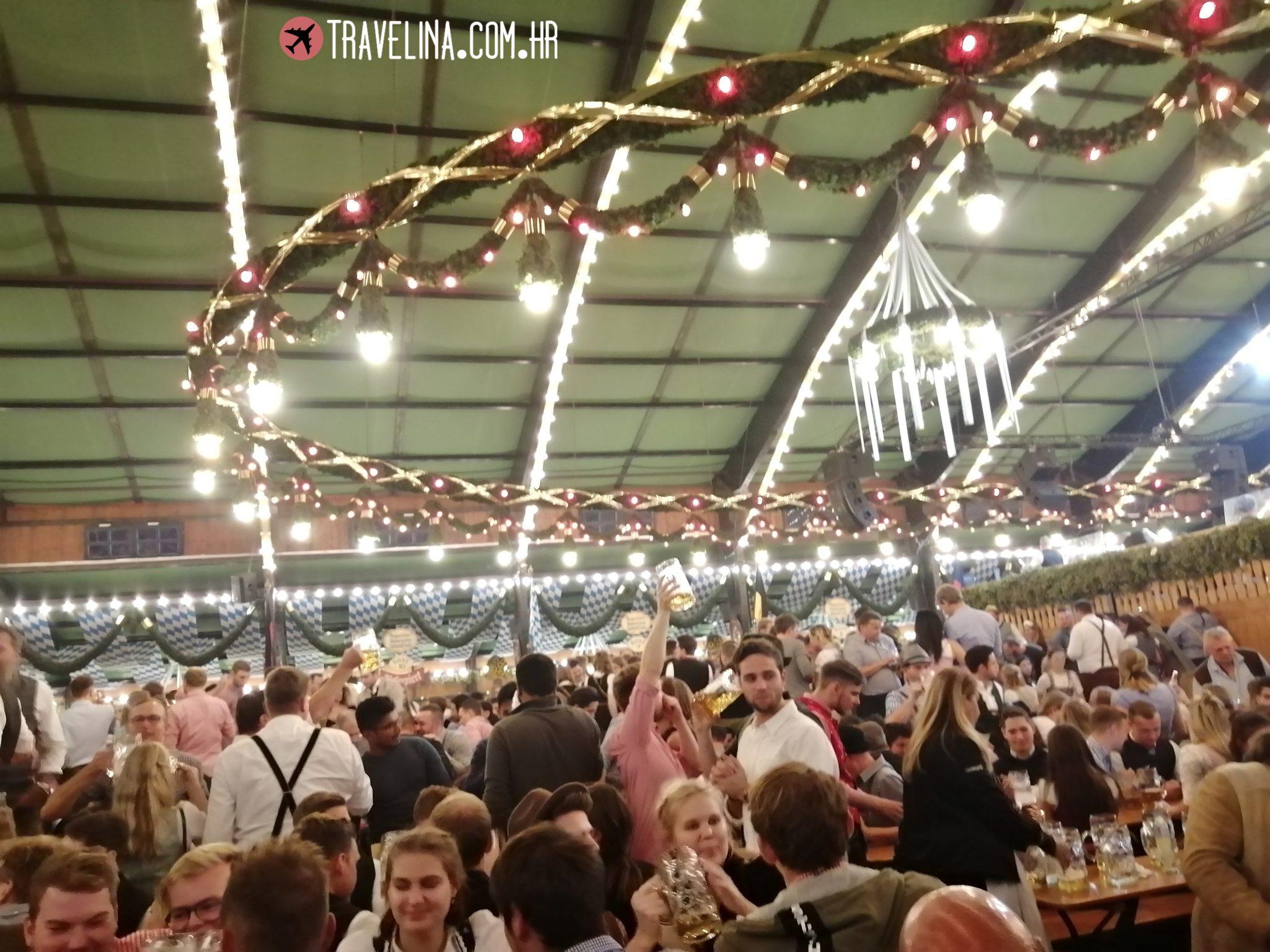 Atmosfera na Oktoberfestu
