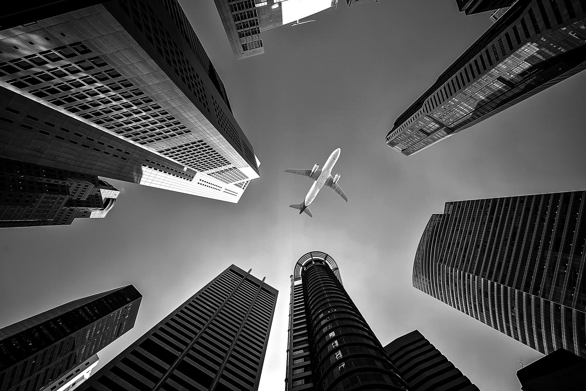 Image by Sasin Tipchai from Pixabay jeftine aviokarte
