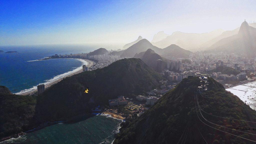 Pogled sa vrha na drugu stranu grada rio de janeiro travelina
