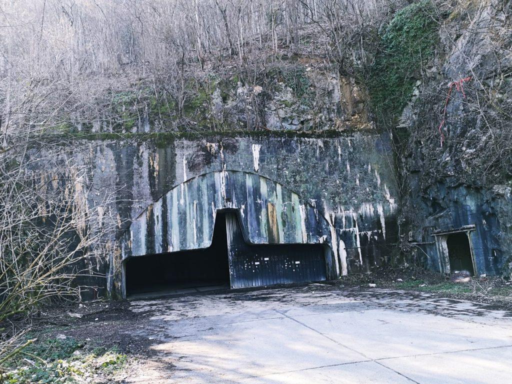 Drugi ulaz u podzemnu zračnu bazu Željava
